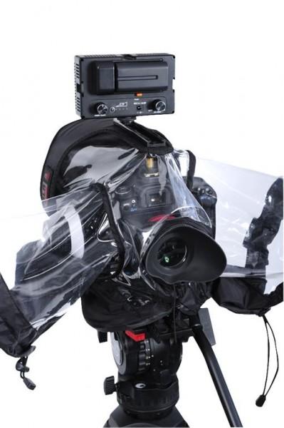 Petrol Bags выпустила новый водонепроницаемый чехол для DSLR камер.